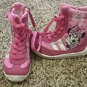 Girls Minnie Mouse booties